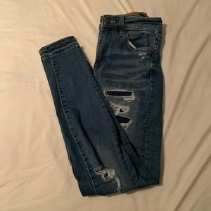 american eagle highwaisted light wash ripped jeans